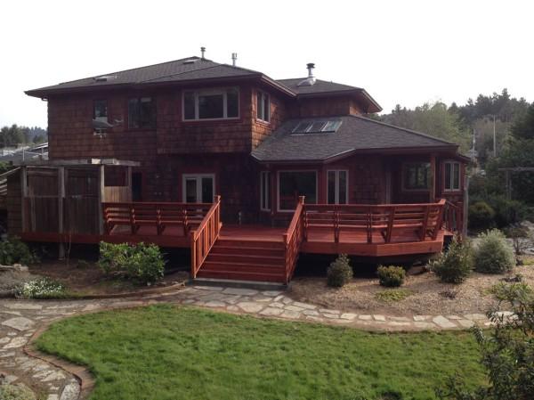 New redwood deck