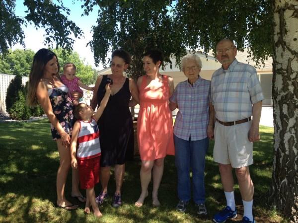 Jessie's family. From left: Alysha, Jill, Jack, Dee, Jessie, ______, and Lloyd